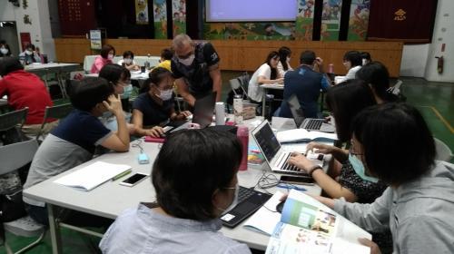 1090930雙語.跨領域英語教學研習_201017_62.jpg